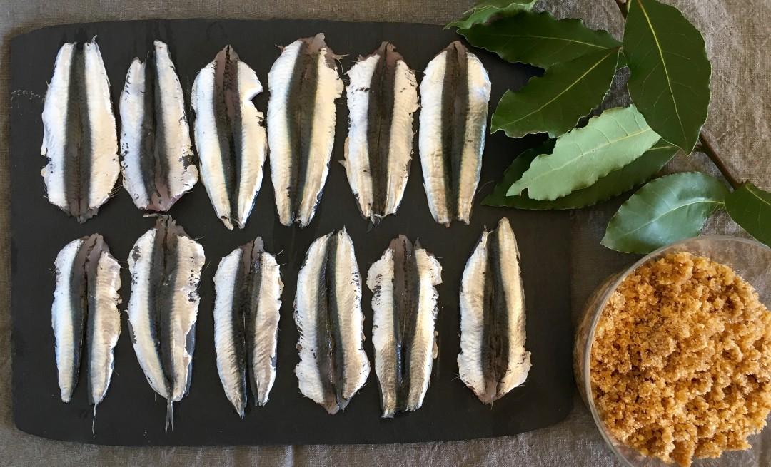 la ricetta della domenica | sardoni all'alloro
