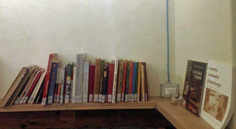 mimì e cocotte_biblioteca diffusa